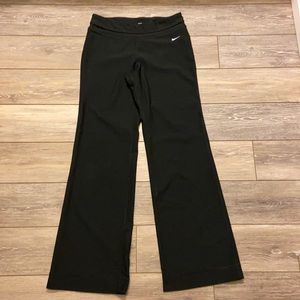 NIKE FIT DRY WIDE LEG ATHLETIC PANTS SIZE M BLACK